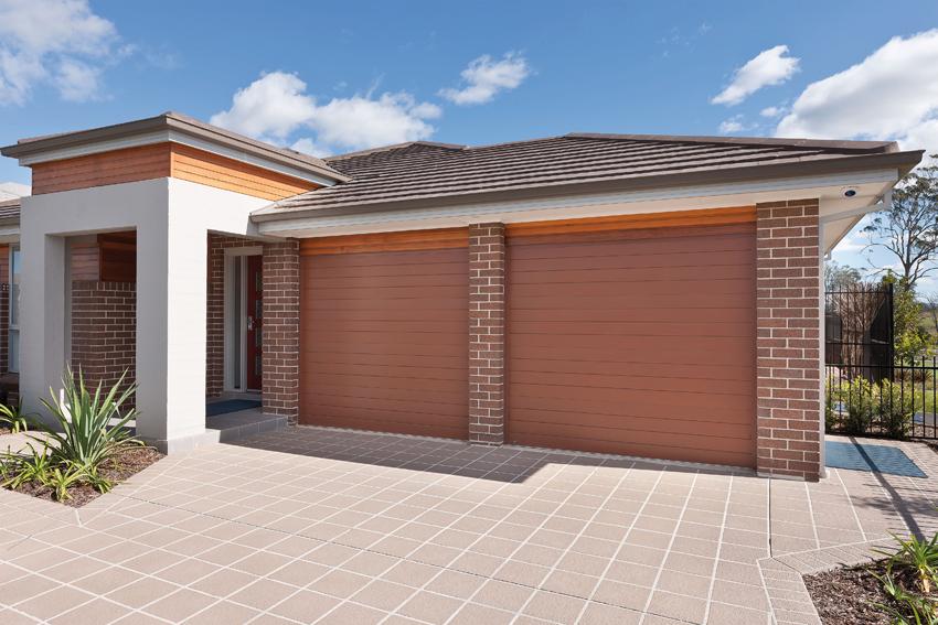 Panelmasta Deluxe Garage Doors